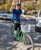 Sir Paul McCartney on a green bike. Santiago 2014