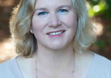 Julie Clugage